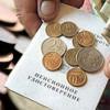 З грудня мінімальна пенсія зросте аж на 2 гривні