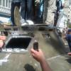 Хмельницькі опозиціонери відмітингували у столиці та взяли в облогу БТР – ФОТО