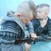 На Славутчині вчать дітей стріляти з пневматики і розбирати АК