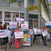 """""""Не купуй російське, бо москаликом станеш"""", або Як в Кам'янці бойкотують продукцію окупантів"""