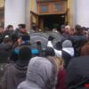 """Вінницьку облраду """"брали"""" кілька десятків активістів з Хмельниччини"""