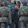 """На Хмельниччині під військкоматами ходять """"рішали"""", котрі """"рятують"""" від мобілізації – обласний воєнком"""
