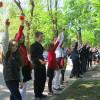 Понад 2 тисячі школярів у Кам'янці-Подільському підняли макові квіти на підтримку миру