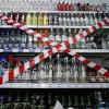 """Хмельницька влада взялися впроваджувати """"антиалкогольні рекомендації"""" – під знесення потрапив торговельний павільйон"""