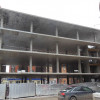 """Чотириповерхова """"адміністративна будівля"""" в центрі міста за чотири квартири"""