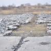 Злітно-посадкова смуга хмельницького аеропорту непридатна до експлуатації, а усунення дефектів практично неможливе – фахівець