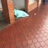 На громадській зупинці Хмельницького помер чоловік