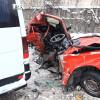 """У Хмельницькому пасажирський автобус врізався у """"Жигулі"""". 8 людей постраждало (Оновлено)"""