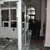 У Хмельницькій ОДА активісти повалили пропускну будку і турнікет
