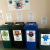 У Нетішині в рамках екологічного проекту у школах встановили баки для сортування сміття
