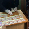 На Хмельниччині викрито правопорушника, який намагався підкупити працівника поліції