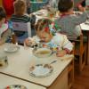 """Хмельницька влада перевіряє якість харчування у дитсадках після минулорічних """"грішків"""""""