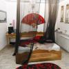 У Хмельницькому поліцейські викрили салон інтимного масажу