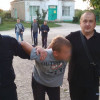 На Хмельниччині затримали зловмисників, які побили селянина та викинули у полі помирати