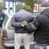У Хмельницькому правоохоронці затримали злочинну групу, яка займалася вибиванням неіснуючих боргів
