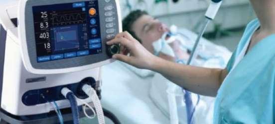 """Симчишин: завод """"Новатор"""" готовий виготовляти апарати штучної вентиляції легень"""