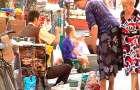 Стихійний ринок: місця на ринку є, продавці не хочуть за них сплачувати дві гривні