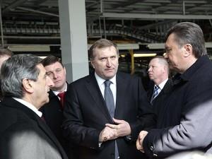 Микола Євдокименко (у центрі). Фото autoconsulting.com.ua