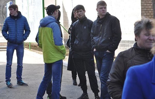 """""""Тітушки"""". Фото ngp-ua.info"""