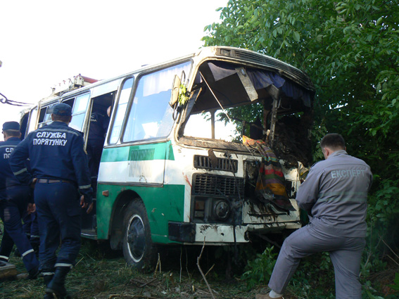 ПАЗ, який потрапив у аварію. Фото ua.racurs.ua
