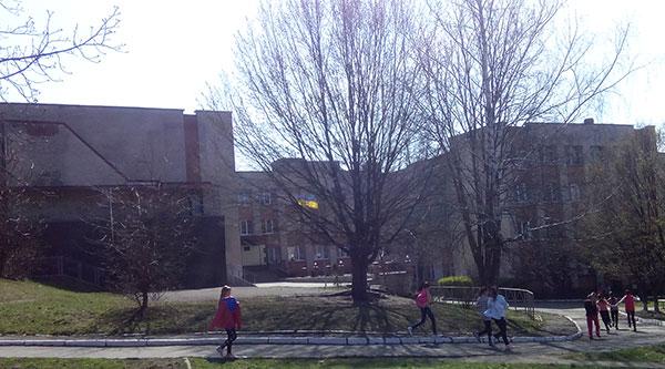 25 школа. Фото НГП