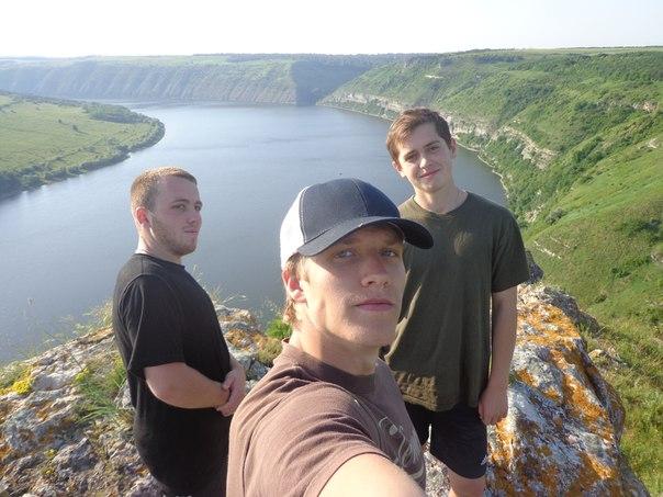 Ігор Гуменюк - крайній ліворуч. Фото з соцмереж