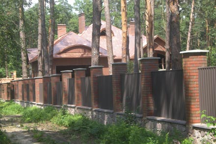 Будинок депутата облради Гладуняка. Фото УНІАН