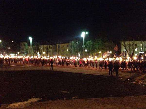 Факельное шествие по случаю чествования героев Крут проходит в Киеве - Цензор.НЕТ 4376
