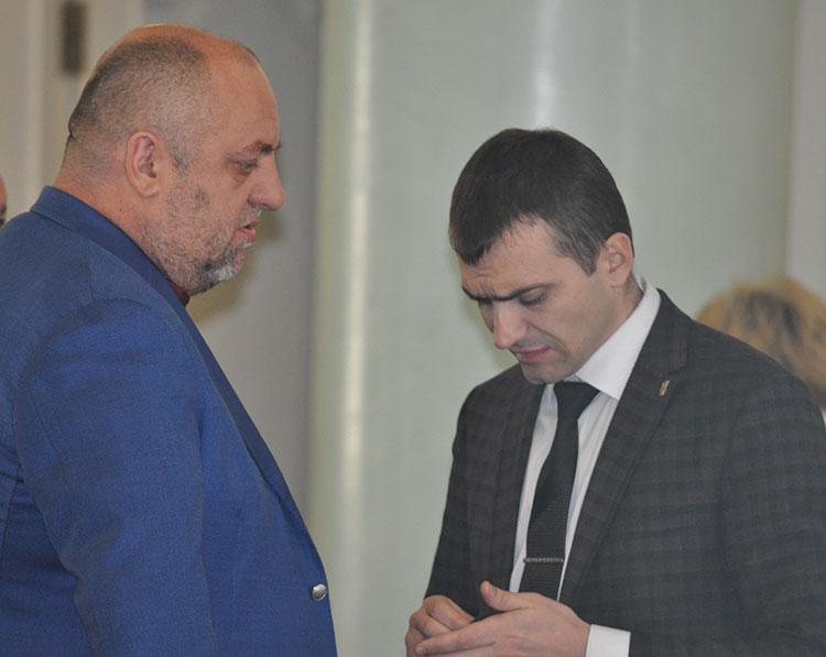 Депутат-забудовник Руслан Афійчук і Олександр Симчишин. Фото Віталія Тараненка