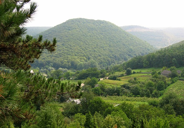 Кармалюкова гора знизу