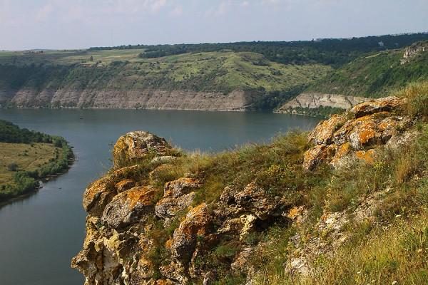 Скелі-говди під Субічем