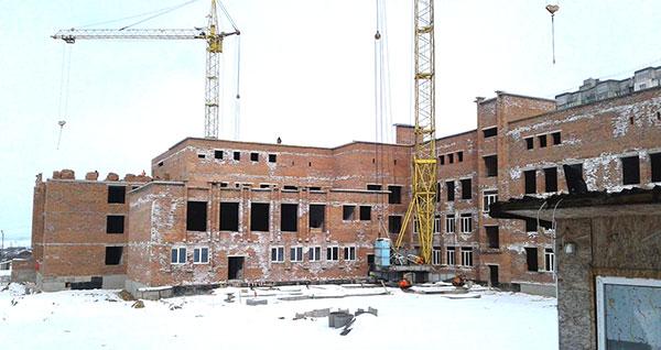 Будівництво НВК на Озерній. Фото з ФБ Олександра Симчишина
